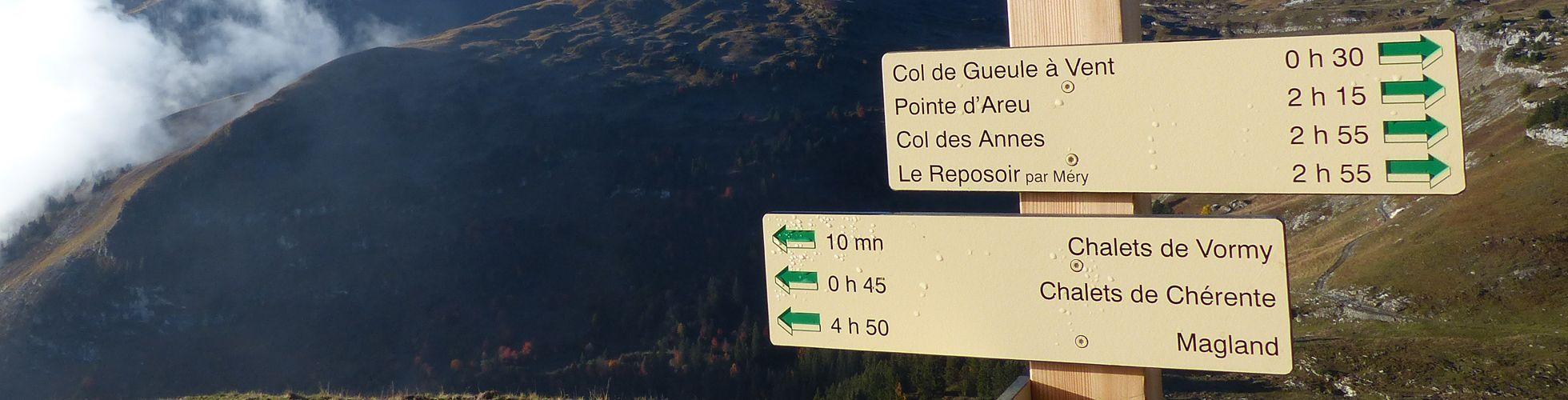 8. Panneau de randonnée